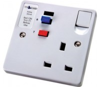 Image for Timeguard Tripfast TFP02W Single 13Amp Socket Outlet with RCD trip White